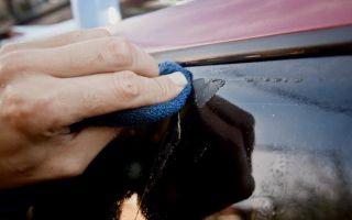 Как снять и убрать наклейку со стекла автомобиля — разные способы