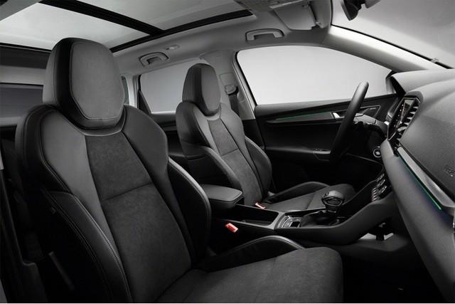 Фольксваген Сантана - обзор модельного ряда, технические характеристики, тюнинг авто, фото салона