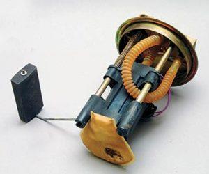 Топливный фильтр тонкой и грубой очистки ваз 2107 инжектор: когда менять и как, инструкции по замене с фото и видео