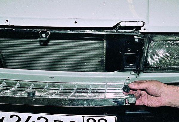 Решетка радиатора ВАЗ 2107: размеры, крепление, установка, инструкции с фото и видео