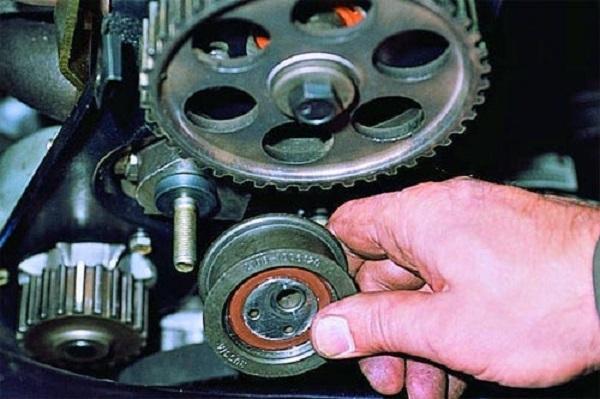 Двигатель ВАЗ 2105: объем и другие характеристики, ремонт ремня ГРМ — инструкции с фото и видео