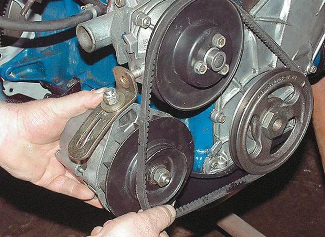 Замена генератора ВАЗ 2107: как снять и поставить, размер ремня и как его натянуть, инструкции с фото и видео