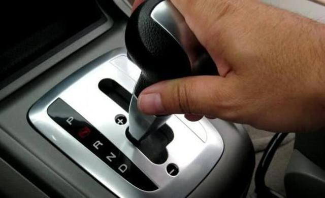 При трогании с места машина дергается - почему это происходит