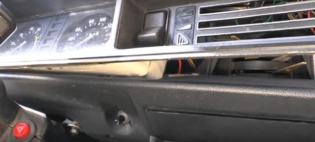 Как снять панель приборов ВАЗ 2107, сделать освещение приборки, почему не работает тахометр
