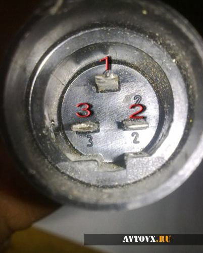 Как снять панель приборов ВАЗ 2101, заменить спидометр и тахометр, инструкции с видео и фото