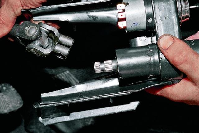 Как снять и разобрать руль ВАЗ 2107, его диаметр, какой можно поставить, инструкции с фото и видео