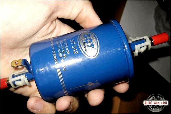 Топливный фильтр для Тигуан, дизель, бензин - как заменить своими руками, видео