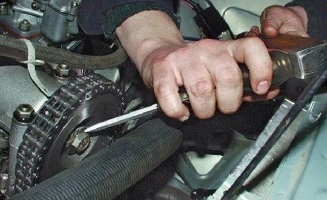 Замена цепи ГРМ ВАЗ 2107 своими руками, регулировка и установка по меткам, инструкции с фото и видео