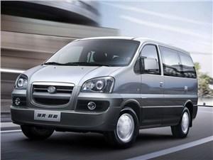 Фольксваген Туран ( volkswagen touran) - основные технические характеристики: габариты, вес, объем багажника, расход топлива, клиренс и др