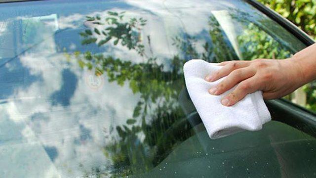 Как убрать царапины с лобового стекла автомобиля своими руками, полировка после дворников